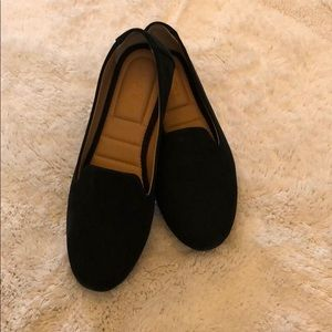 NWOT Me too, black leather flats, size 10